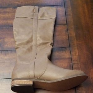 RAMPAGE Shoes - RAMPAGE LIGHT BROWN TALL BOOTS, SIZE 8M